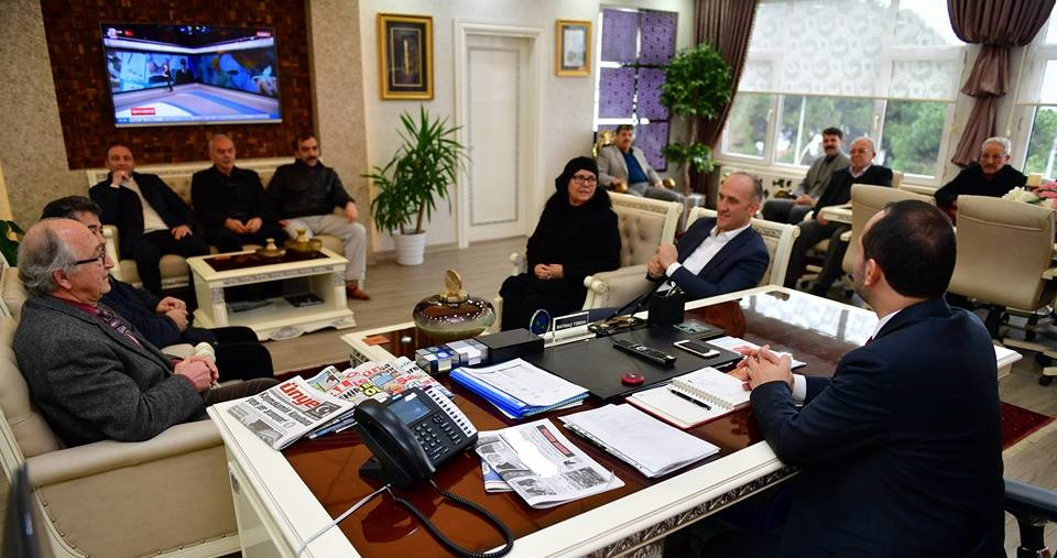 Muhtarlardan Başkan Çamyar'a Ziyaret