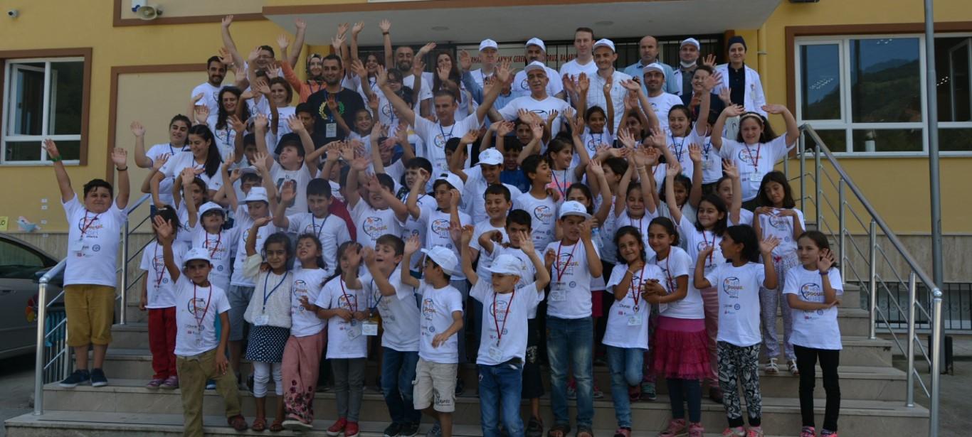 """""""Her Çocuk Bir Dünya""""Projesi İle Çocukların Yüzü Gülüyor"""