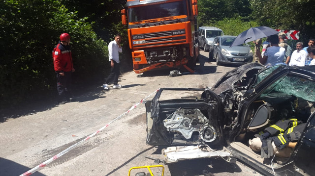 Ordu'da Otomobil ile Tır Çarpıştı: 2 Ölü, 4 Yaralı
