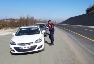 Hızlı Araç Kullananlara Ceza Kesilmeye Devam Ediyor