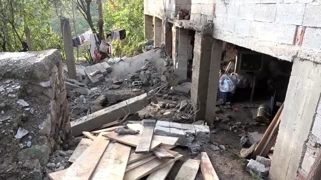 Balkon Çöktü 1 Kişi Yaralandı