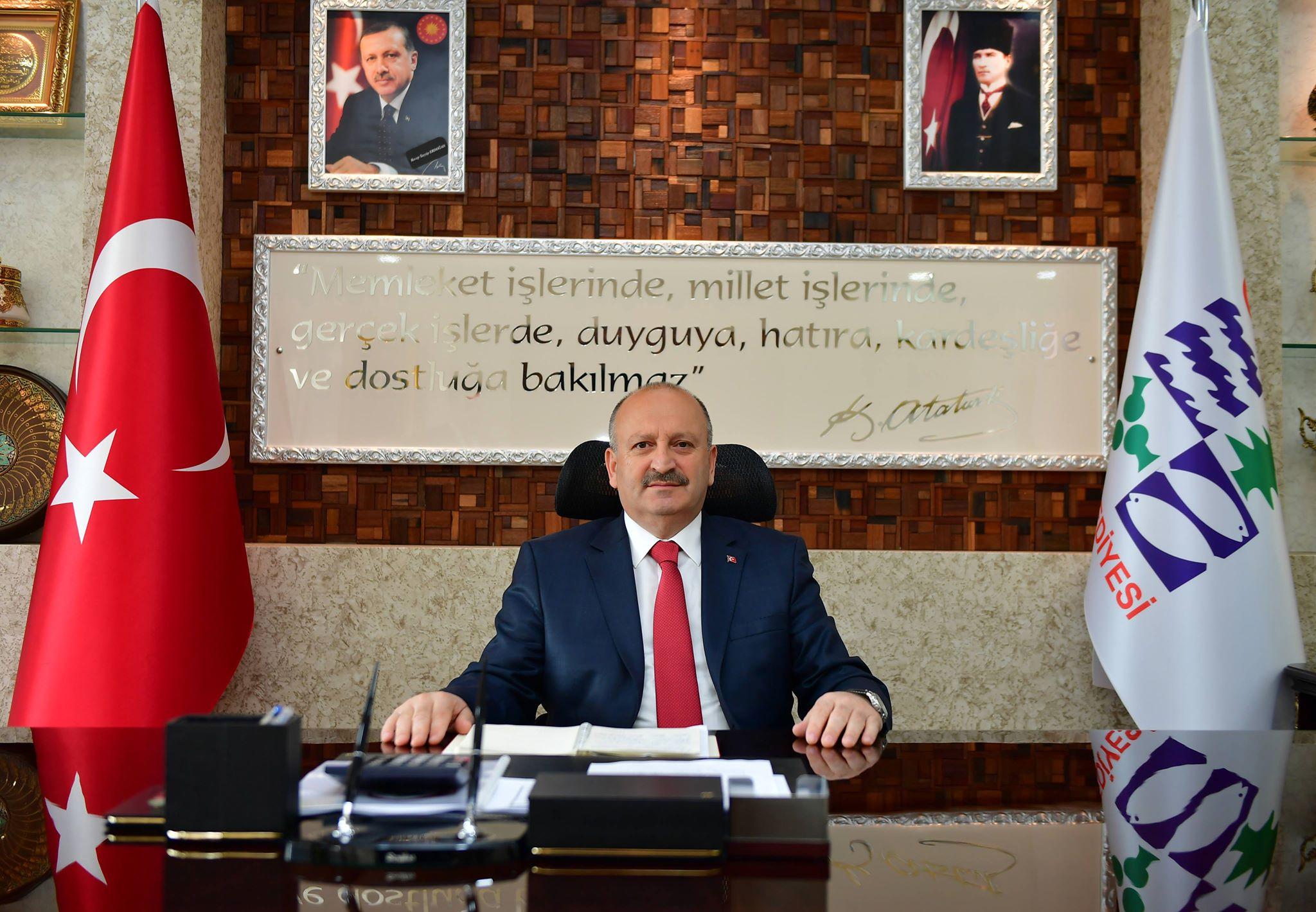 """""""ÖĞRETMENLERİMİZ, İLİM VE İRFANIN REHBERİDİR"""""""
