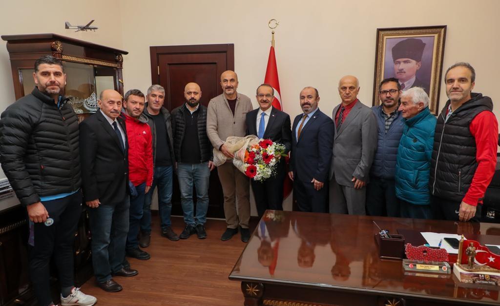 Amatör Spor Kulüpleri Temsilcilerinden Vali Yavuz'a Teşekkür Ziyareti