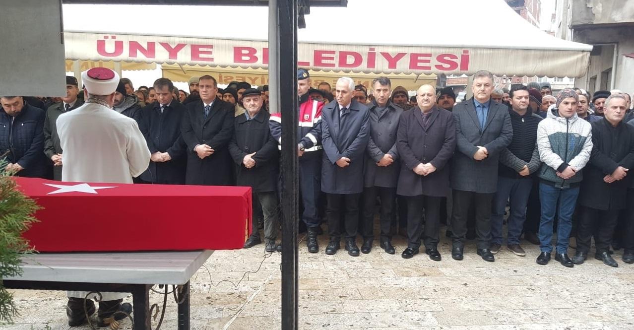 KIBRIS GAZİSİ MEHMET BAYRAK HAKK'A UĞURLANDI