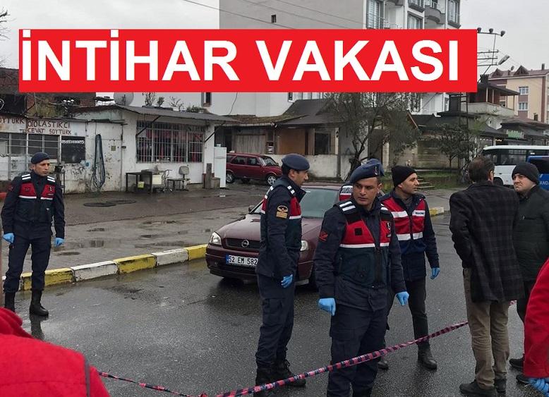 OTOMOBİLDE SİLAHLA CANINA KIYDI