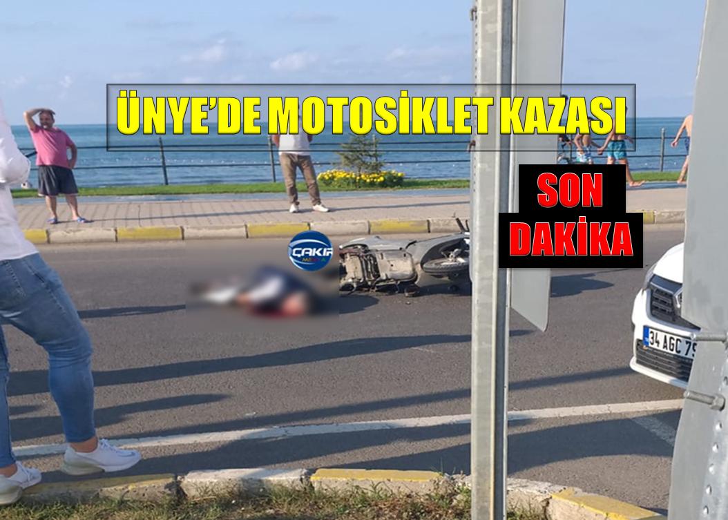 ÜNYE'DE RESMİ KURUM ARACI MOTOSİKLETE ÇARPTI : 1 Yaralı