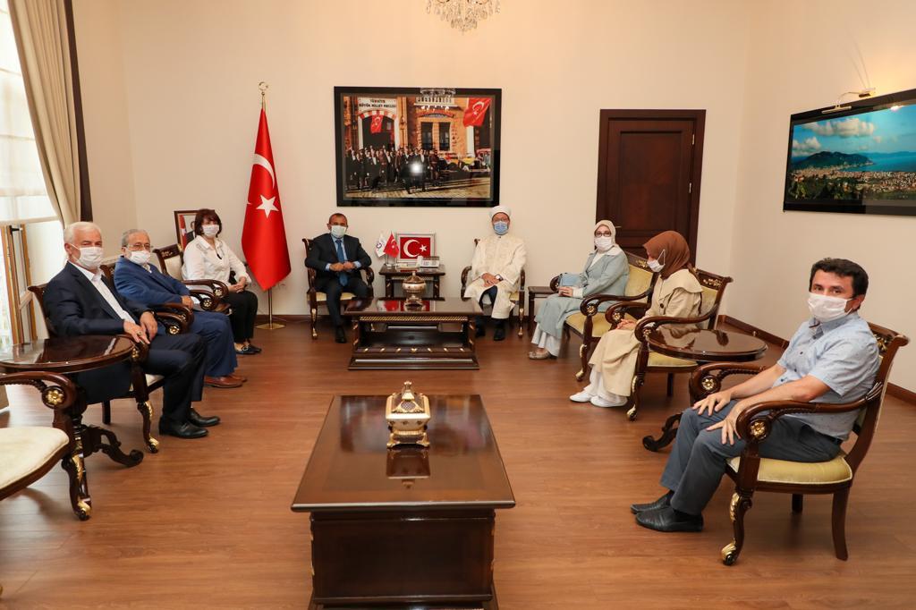 Diyanet İşleri Başkanı Erbaş, Vali Sonel'i Ziyaret Etti