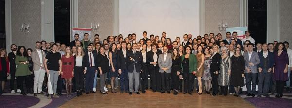 Anadolu Vakfı, Burs Programı İle Gençlere Destek Vermeye Devam Ediyor