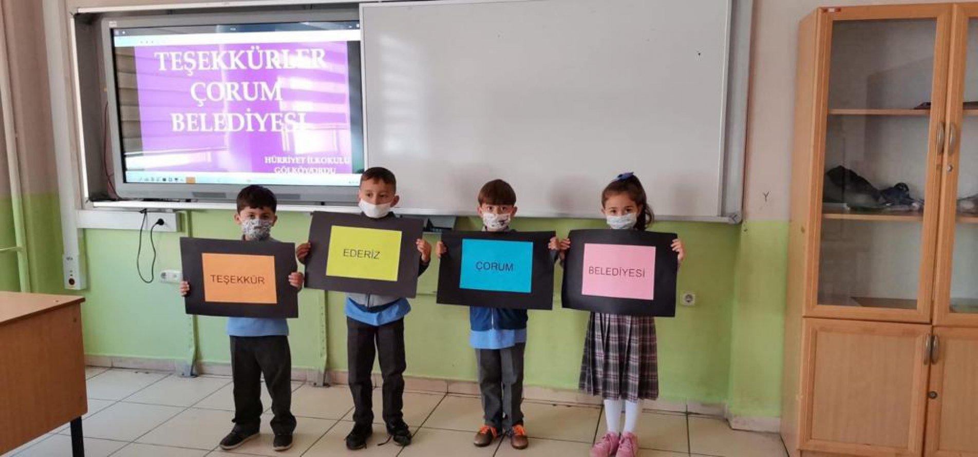 Belediyelerden İlimize Gönderilen İkramlar Öğrencilere Ulaştı