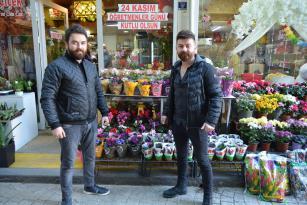 Öğretmenler Günü Çiçekçiler için Buruk Geçiyor
