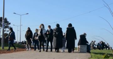Kısıtlamanın Bitmesiyle Ünye'de Vatandaşlar Sahile Akın Etti