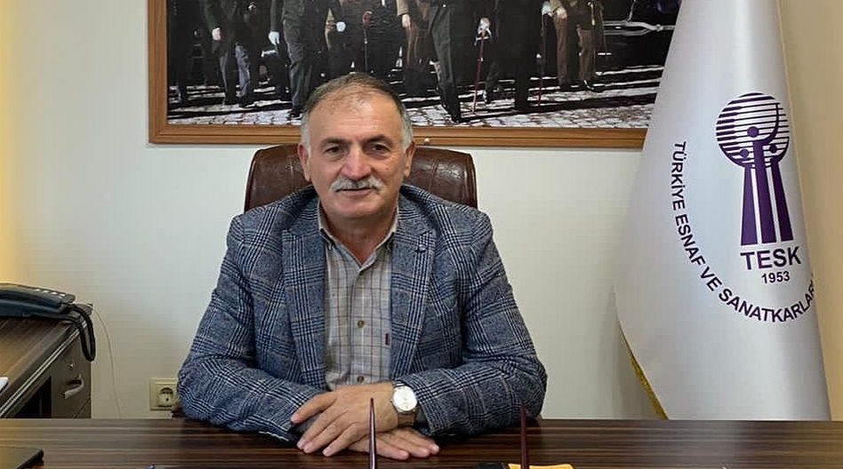 Başkan Ayhan Baş'tan esnaflara jest
