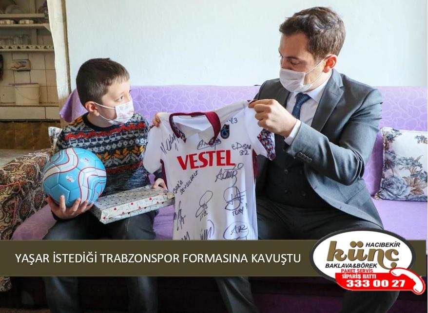 YAŞAR İSTEDİĞİ TRABZONSPOR FORMASINA KAVUŞTU