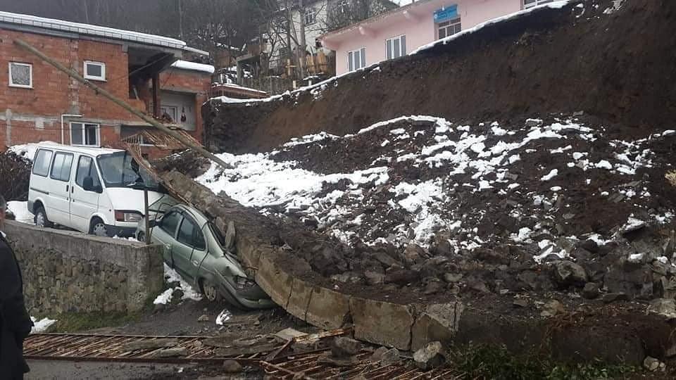 Ordu'da Okul İstinat Duvarı Çöktü