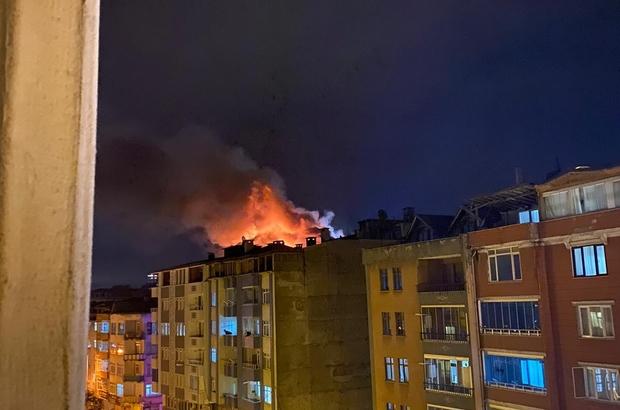 Yangında 2 kişi dumandan etkilendi
