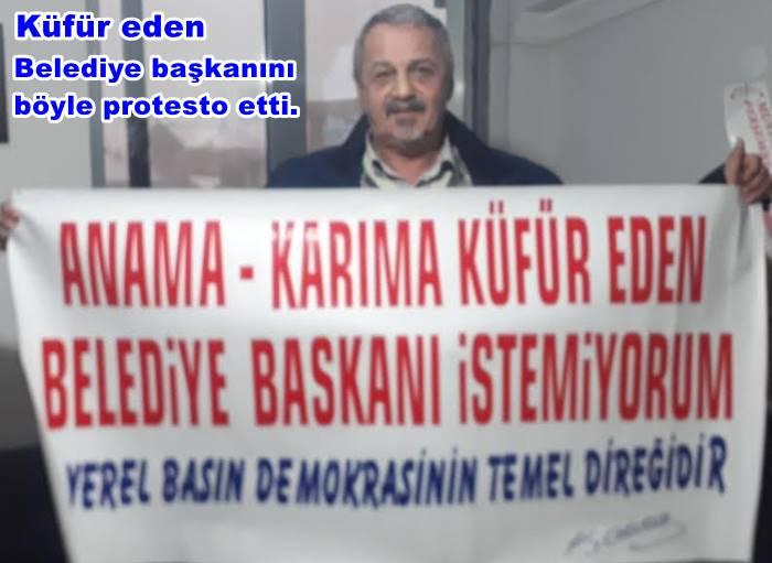 AK PARTİ KONGRESİNDE PANKARTLI PROTESTO GÖSTERİSİ..