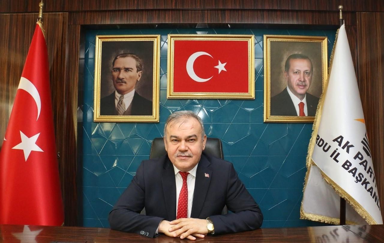 """""""KENDİ EVLERİ PİSLİKTEN GEÇİLMİYOR BİZE LAF ATMAYA KALKIYOR"""""""