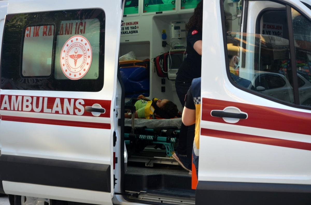 Otomobilin çarptığı 7 yaşındaki bisikletli çocuk yaralandı