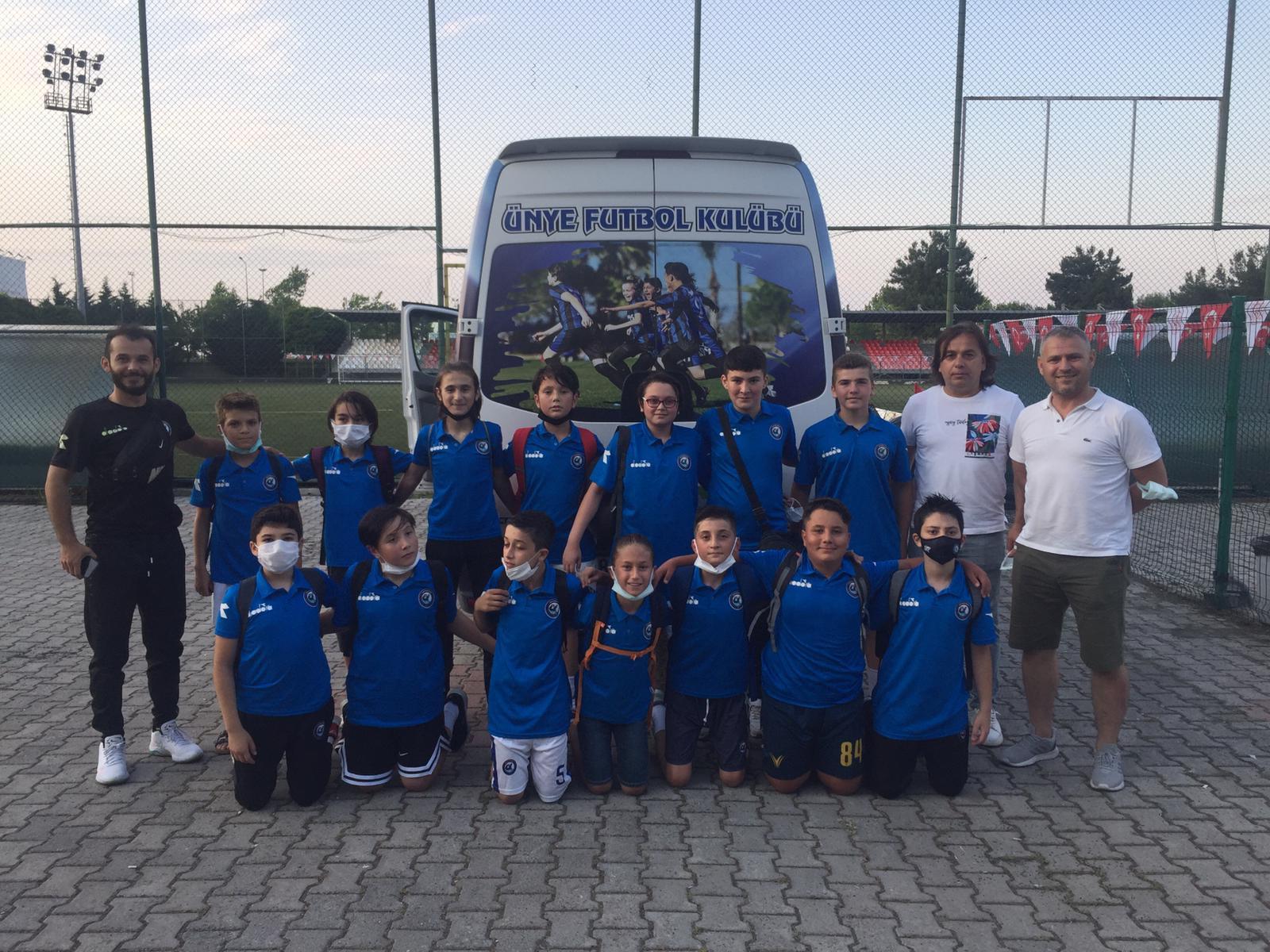 ÜNYE FUTBOL KULÜBÜ SAMSUN'DA UYGUN ADIM! 9-0