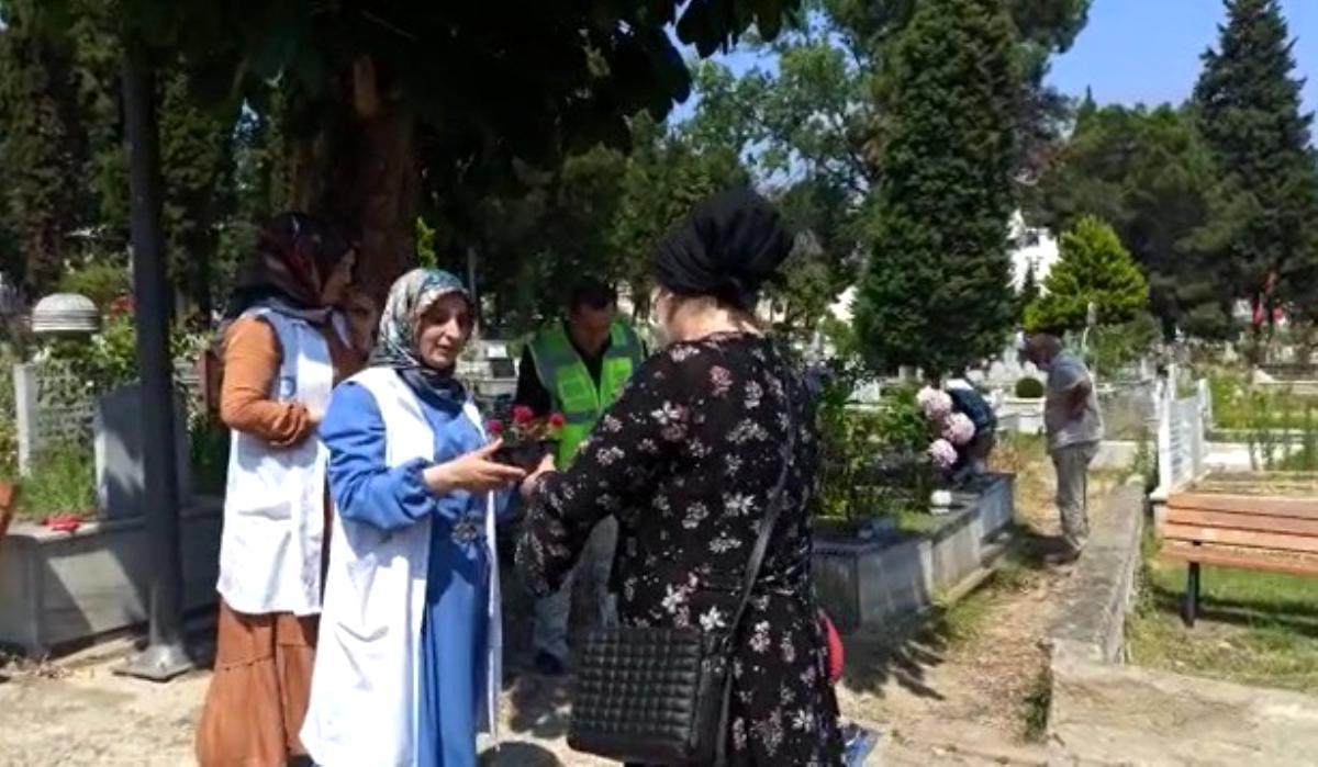 Ordu da kabristanlarda Kur an-ı Kerim tilaveti